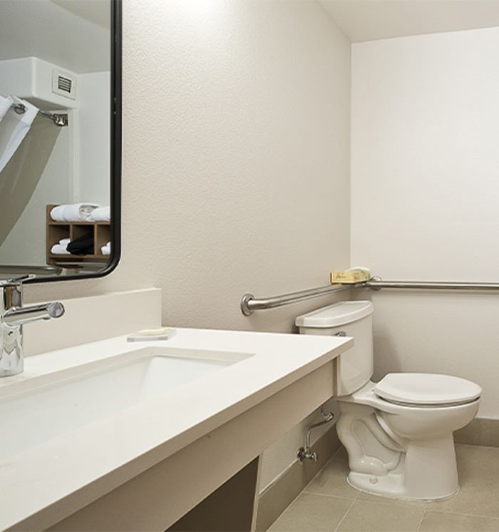 2 Queen Beds Accessible Suite at Hawthorn Suites By Wyndham-Oakland/Alameda