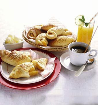 Oakland Hotel Hot Breakfast Buffet